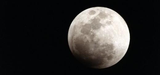 a que huele la luna