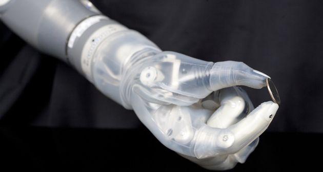 Photo of El brazo biónico Luke saldrá a la venta a finales de este año