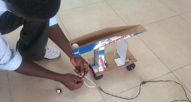 Photo of Concurso: construir un Robot de 10 dólares